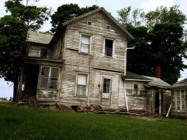 Abandoned house 4 by TheSkyRainsBlood