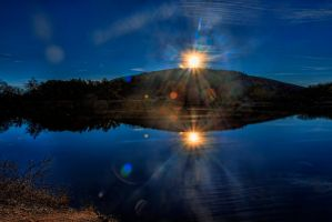 mirrored lens flare by badchess