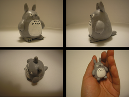 pocket neighbor totoro by OutOfTheOrange