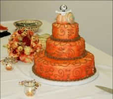 Great Pumpkin Wedding Cake by lunascura