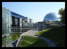 Cite des Sciences by BluePalmTree