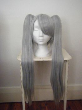 New Wig :D by gothiclolita-girl