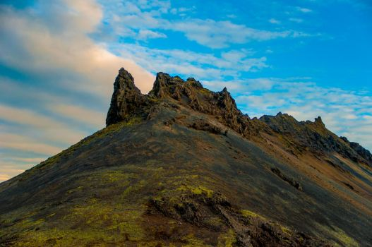 Mordor mountain by AnneFreja