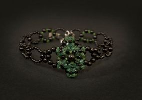 necklace - green'n'black by Sizhiven