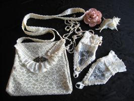 Bag and Gloves Somnia Romantica by SomniaRomantica