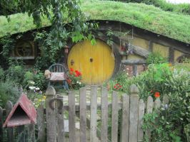 Hobbiton by Mad-Girl-with-a-Box