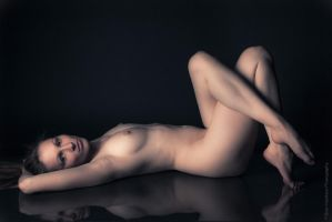 Valeria - Nude Reflection by BrianMPhotography