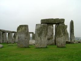 Further Stonehenge by prudentia