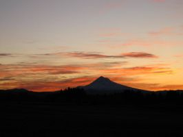 Morning Mt Hood by Lonnieatk