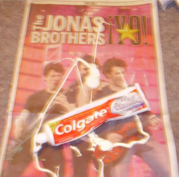 Jonas Brother's Toothpaste by boohoogang