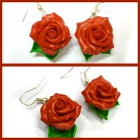 Red rose earrings - handmade polymer clay by TenereDelizie