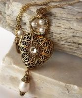 Heart Locket Necklace - white by Aranwen