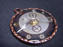 Small Clock Pendant by Goku-Kaji