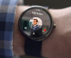 VK app on moto 360 by QuantumIB