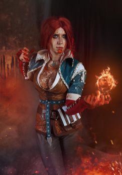Triss Merigold Cosplay by elenasamko