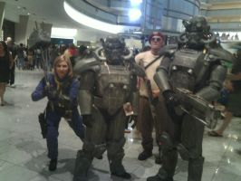 Fallout group - Dragon*Con 2012 by CptTroyHandsome