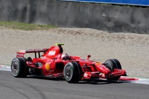 F1 Qualifying Raikkonen by luis75