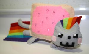 punk rock nyan cat by Mab-overthrown