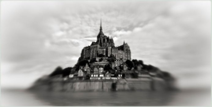 Le Mont-Saint-Michel by spare-bibo
