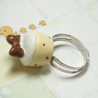 Vanilla Cupcake Ring by hellohappycrafts