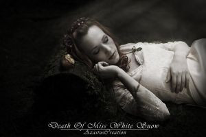 Death Of Miss White Snow by 25clad35