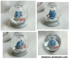 Mini Snow Globe - Spheal by Swadloon