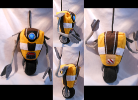Cl4p-TP (ClapTrap) Plush by FuzzyAliens