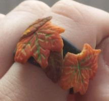 Polymer Clay Autumn Leaves Ring by DruidOfTheValeDesign