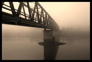 old railway bridge by sendjo