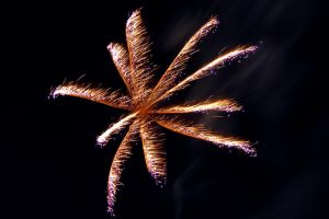firework no1 by Tschisi