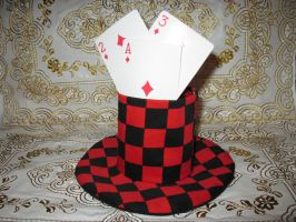 Mini top hat checked game. by VandLee