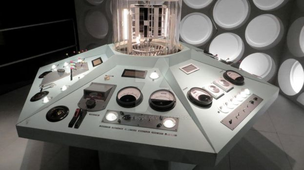Tardis Console by effectrode
