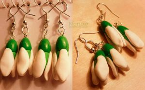 Snowdrop earrings by Noncsi28