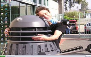 Paul McGann luvs Daleks by WibSkelDS9