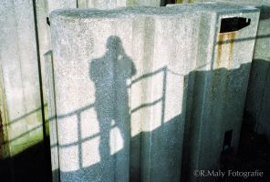 52 shades: no.25. Shadow Selfie by TLO-Photography