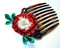 Passion: Red Zinnia Kanzashi by hanatsukuri
