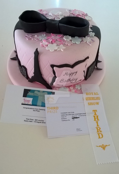 Competition entry cake - Prize by SaturnsLegacy