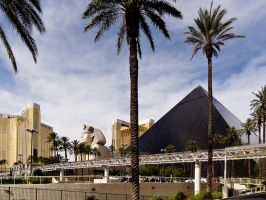 The Luxor by cyberfish128