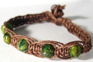 Green Glass Hemp Bracelet by Phathemp