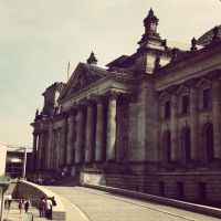 The Reichstag building by S-c-a-v-e-n-g-e-r