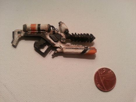 District 9 Miniature Weapon by FortuneandGlory