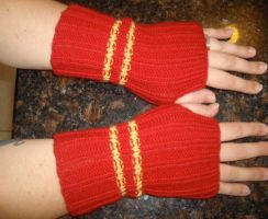 Star Trek Armwarmers - Red by holls