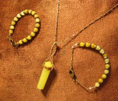 Lemon Quartz 'n Copper Necklace 'n Bracelet Set 1a by Windthin