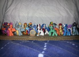 Many Pony Customs, to scale by Xaphriel
