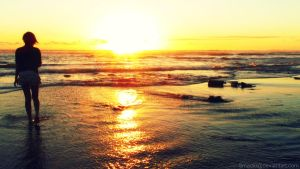 Waves of Sunset by Madi-Gascarr