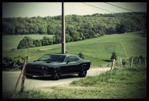Dodge 2011 SRT8 Challenger - Country Road by AnalyzerCro
