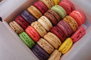 macarons by AmiMochi