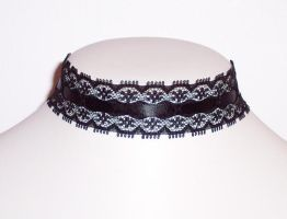 Dentelle by Lincey
