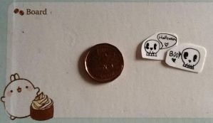 Tiny Spoopy Skeleskulls by SweetxAria