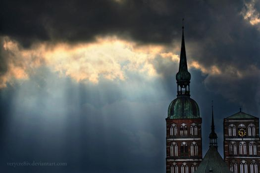 never seen the light by verycre8iv